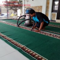 Tukang Cuci Karpet di Surabaya