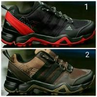 Sepatu Terlaris Sepatu adidas tennis pria. Sepatu adidas volly ball im