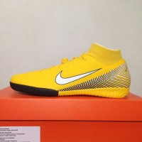Jual Sepatu Futsal Nike Terbaru - Cek Harga Sepatu Futsal Nike 2019 ... 64c38fbbce
