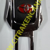 SEATBELT CLIP / COLOKAN SEATBELT TOYOTA