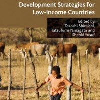 Poverty Reduction and Beyond - Shahid Yusuf (Economy/ Strategies)