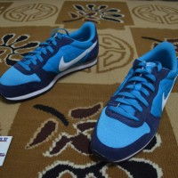 Sepatu Sneakers / Casual Nike Genicco Original murah (Not Adidas)