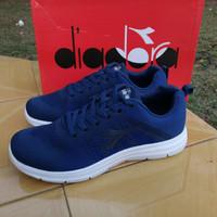 Jual ORIGINAL 100% Sepatu Running Men Diadora E Run Murah
