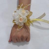 Bunga korsase / corsage bunga hiasan tangan aksesoris pesta BW17C