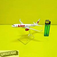 Pajangan Miniatur Diecast Pesawat LION