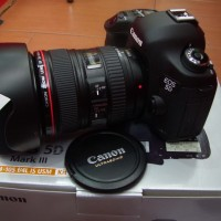 CANON EOS  5D MARK III + LENSA KIT 24-105MM