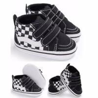 Sepatu prewalker bayi import kets hitam black list putih white perekat