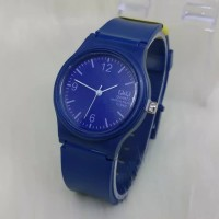 jam tangan fashion wanita Q&Q warna tali biru navy