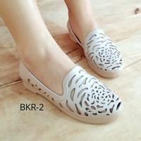 Sepatu wanita karet roses jelly shoes