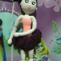 Boneka rajut balerina