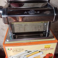 Pasta Maker/Gilingan Mie Via Gojek