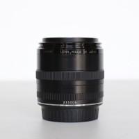 Lensa Canon EF 50mm F 2.5 Compact Macro