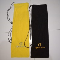 Sarung Raket Badminton / Tas Kain Raket Badminton merk Apacs !