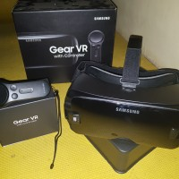 Samsung gear vr with controller SM-R325