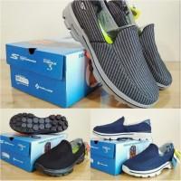 Sepatu Skechers GoWalk 3 Men Salur