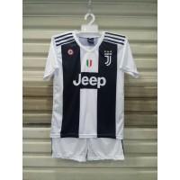Setelan Bola Anak / Baju Bola Anak Juventus