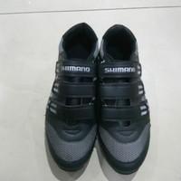 SEPATU SHIMANO FULL BLACK