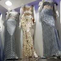 gaun elegan super mewah untuk wanita