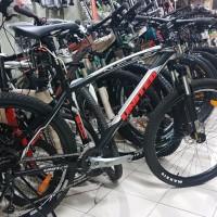 United Nucleus 5 Sepeda Akmala