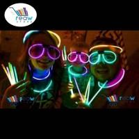 Glowing Stick / Glow Stik / Stick Glow In The Dark