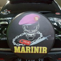 Cover Ban / Sarung tutup ban serep rush terios Marinir