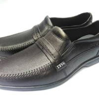 Sepatu Pantofel Karet Pria - Levu Gladiator - Tanpa Gesper
