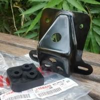 Besi Bracket dan Karet Daper Dudukan Lampu Belakang Motor RX King