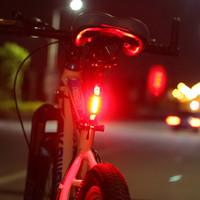Lampu Belakang Sepeda Bisa di cas ulang