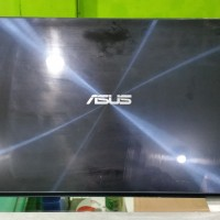 Laptop Asus UX 302L core i7-4500U 4gb 750gb NVDIA 2Gb Touchscreen