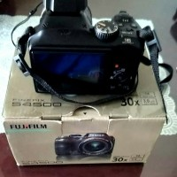 Kamera Prosumer Fujifilm Finepix S4500 Fullset