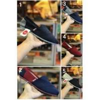 69 Sepatu - Wakai Casual Premium Original / Kets / Cowok / Sneakers