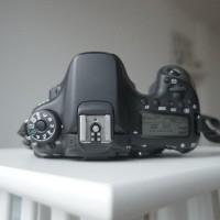 Canon EOS 70D + Lensa tamron 17-50 F2.8 + Lensa 50mm F1.4