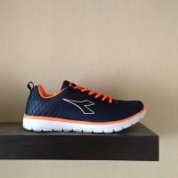 Jual Sepatu Olahraga Lari Keren juga untuk Casual Sneakers DIADORA Dillon N Murah