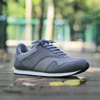 ORIGINAL Sepatu S van Decka RUN1A