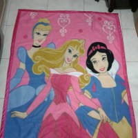 Selimut Blanket anak kartun karakter