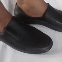 Sepatu Pantofel Karet Pria - NIKKO 7004