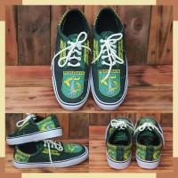 Sepatu Persebaya