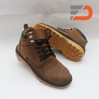 Jual Safety Shoes Model Keren   Trendi 2018 - Harga Sepatu Safety ... 783fbea711