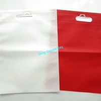 Tas Spunbond Oval uk 30x40 / Goodie Bag / Tas Kain Polos