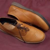 sepatu pentofel pria