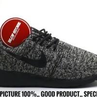 db4bcb01f2fc Promo Sepatu Nike Roshe Run Rajut Dark Oreo For Men Impor Vietnam