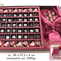 kado special valentine coklat trulychoco cantik dengan boneka