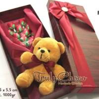 kado special valentine coklat trulychoco bunga dan boneka