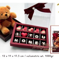 hadiah valentine coklat trulychoco special dengan boneka