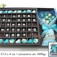 kado special valentine coklat trulychoco cantik dengan bunga