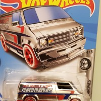 Hot Wheels Custpm '77 Dodge Van