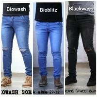 celana jeans robek sobek lutut bioblitz biowash blackwash premium