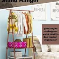 Triangle Stand Hanger Rak Buku Baju Tas Boneka Serbaguna 4 Roda Rumah