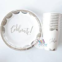 Set Piring dan Gelas Kertas / Paper Plate and Cup Celebrate SILVER