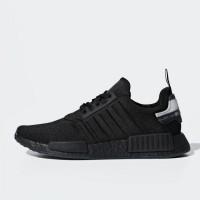 Sepatu Sneakers Adidas Nmd R1 Shoes Black Original Bd7745 42e1ae8b57